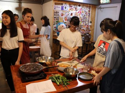 Students enjoyed a vegan cooking class